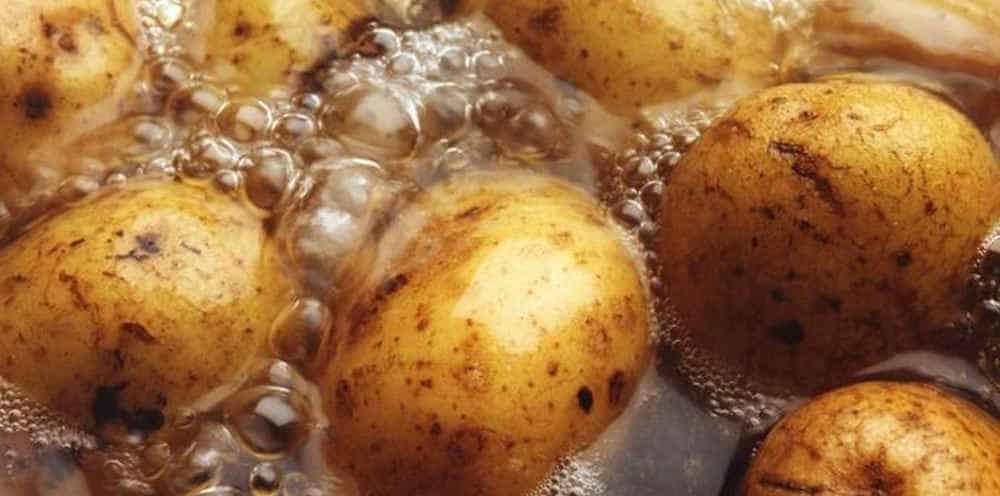potatoes boiling water