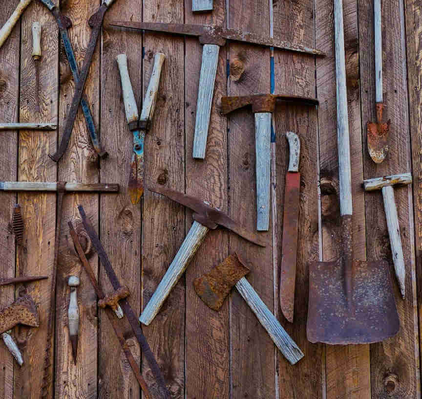 How to Remove and Prevent Rust from the Tools